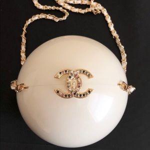 Chanel runaway pearl bag